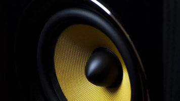 Five Signs It's Time to Replace Your Speakers